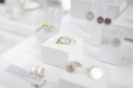 Les petites bagues à l'allure pailletée #yasmin Yahya | Le blog de fi(lle)ancée | mariage | Scoop.it
