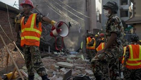 US Marine helicopter missing as Nepal hit by 2nd quake - CBS News | CLOVER ENTERPRISES ''THE ENTERTAINMENT OF CHOICE'' | Scoop.it