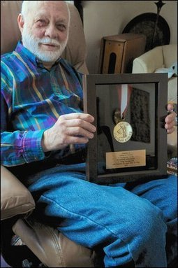 Niskayuna man recognized for living 75 years with diabetes | diabetes and more | Scoop.it