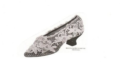INSTANT DOWNLOAD-Irish lace crochet- vintage pattern for decorative shoe cover- pdf | Crochet Patterns in the Public Domain | Scoop.it
