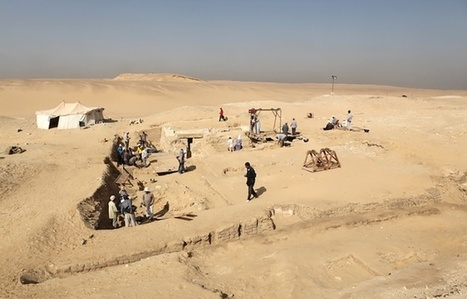Egypte: Les restes d'un bateau de 4.500 ans découverts près des pyramides | Archeology on the Net | Scoop.it