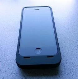 Lenmar Meridian iPhone 5 Battery Case.. review | TechGadgetry | Scoop.it