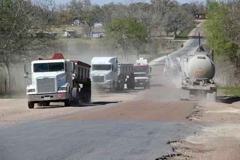 Crumbling Roads in Oil Fields Slow U.S. Energy Boom | Sustain Our Earth | Scoop.it