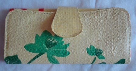 Eco-friendly Lotus Lady Purse, ethically handmade by disabled home based women workers | Eco-Friendly Messenger Bags By Disabled Home Based Workers. | Scoop.it