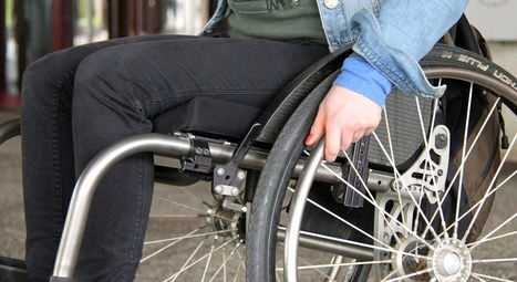 Un traqueur d'activités physiques et une balance pour les personnes à mobilité réduite   HelloBiz   IDEES BUSINESS   Scoop.it