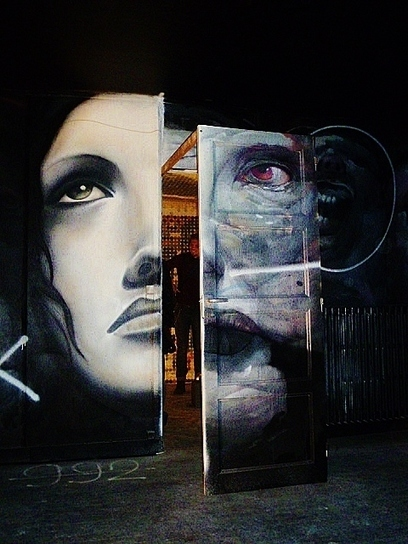 More Photos of Stunning Street Art Inside a Dilapidated Building in Paris | vizual | Scoop.it