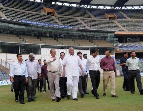 Cricket fans throng Wankhede Stadium to get tickets - The Hindu | Book your bus tickets online | Scoop.it