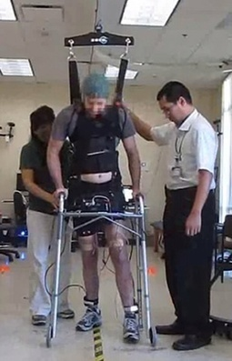 Paraplegic man walks with own legs again | Medical Engineering = MEDINEERING | Scoop.it