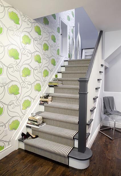 Idea para decorar una escalera moderna dec - Decoracion paredes escaleras ...