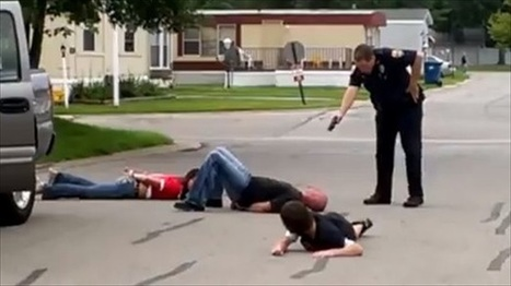 Ohio cop caught waving Tazer at handcuffed family | political sceptic | Scoop.it