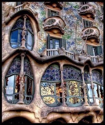 Gaudi: Tweet from @AMAZlNGPICTURES | flânerie | Scoop.it
