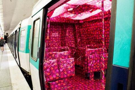 Il tapisse une rame de métro avec du papier cadeau pour Noël | Great Ideas, great projects | Scoop.it