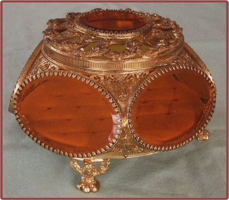 Fabulous Jewelry Casket - The Vintage Village | Vintage Passion | Scoop.it