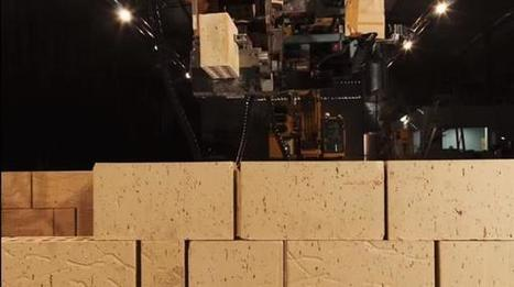 Brick-laying 3D printer robot builds house four times faster than a human bricklayer | Construction Buzz #75 | Veille & Culture numérique | Scoop.it