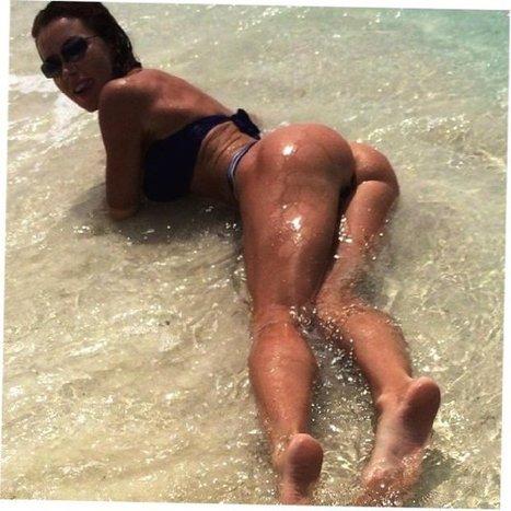 Tweet from @o_smekalkova | best female bums | Scoop.it
