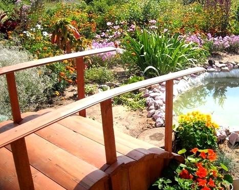 Decorative wooden bridge in the garden   Flowers and gardens   Scoop.it