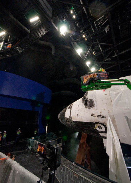 Spaceflight Now   STS-135   Unwrapping the space shuttle Atlantis   Astronomy News   Scoop.it