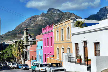Exploring the Colorful Bo Kaap Neighborhood in Cape Town | As digitally seen ... | Scoop.it