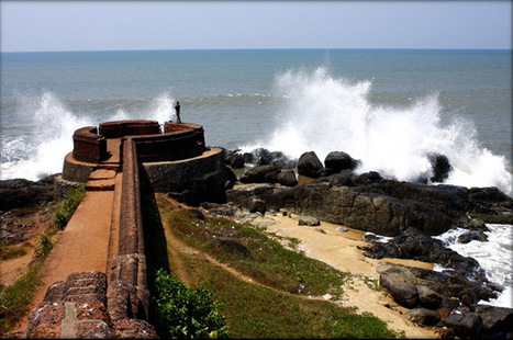 Bekal (Baliakulam) Valentine Special Package: Romance in Beautiful Beach Surrounding the Fort Backwaters and Hill Destinations   30 Valentine's Day Tours Packages With Travmantra   Scoop.it