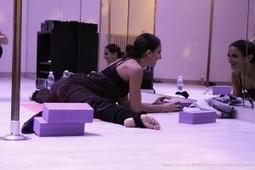 A lezione di contorsione con Marion Crampe   PoleDance   Scoop.it