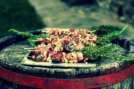 Italian BBQ: Grilled Rosemary Skewers of Steak Wrapped in Pancetta & Sausages | FoodieDoc says: | Scoop.it