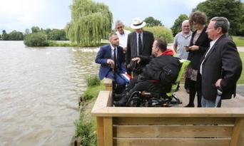 Handicap : un ponton pour pêcher en fauteuil à Metz | Handimobility | Scoop.it
