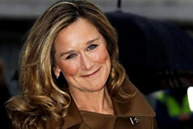 Apple poaches Burberry CEO Angela Ahrendts to reverse retail slide | Business Studies | Scoop.it