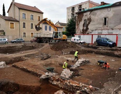 Cahors : une équipe d'archéologues du bureau Hadès fouille un quartier antique rue des Cadourques | HADES - Archéologie | Scoop.it