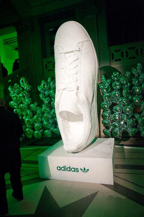adidas Originals Stan Smith @ La Gaité Lyrique - Report   Nike vous présente : Nike WMNS Air Max 1 Liquid Gold   Scoop.it