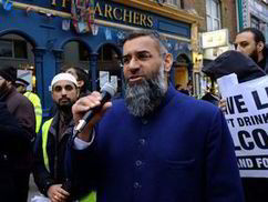 Anjem Choudary Brick Lane protest warns Muslim shop owners over alcohol sale | UK | News | Daily Express | On My Front Porch | Scoop.it
