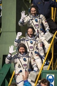 Chat with an astronaut on NASA's first Google Plus hangout - Examiner.com | DISCOVERING SOCIAL MEDIA | Scoop.it