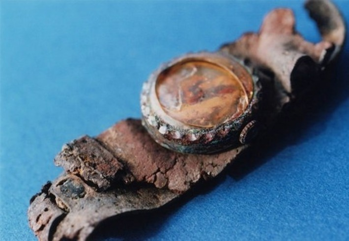 Haunting Photographs of Artifacts From the Hiroshima Atomic Blast | Antiques & Vintage Collectibles | Scoop.it