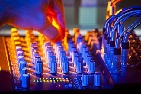 Which Are the Most Important Elements of Your Party Equipment? | Entertainment DJ Service | Scoop.it