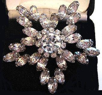 "Vintage Rhinestone Star Brooch Pin Ice Clear Sparkling Stones Silver Metal 2 1/4"" VG | vintage jewelry | Scoop.it"