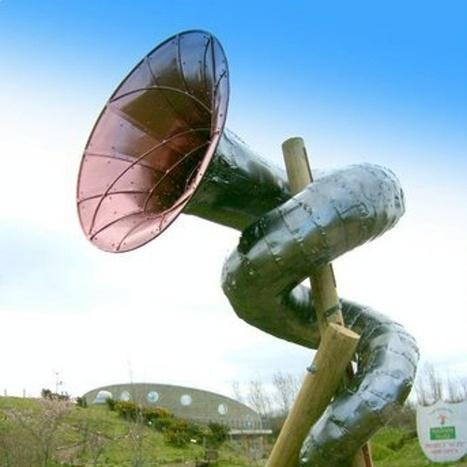 Listening horn | DESARTSONNANTS - CRÉATION SONORE ET ENVIRONNEMENT - ENVIRONMENTAL SOUND ART - PAYSAGES ET ECOLOGIE SONORE | Scoop.it