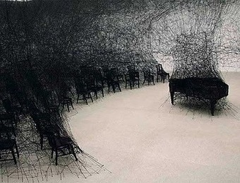 Chiharu Shiota: Performative Installation Art | VIM | Scoop.it
