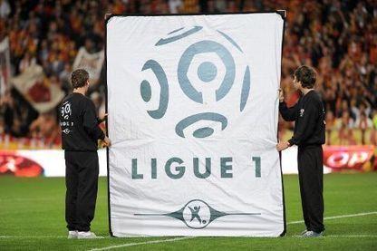 Taxe à 75% : une folie fiscale du PS contre le peuple du football ? - Sport 24 | Clubs de sport et Business, relation controversée ! | Scoop.it
