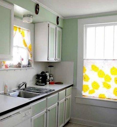 Beautiful & Breezy:  Curtains in the Kitchen   Kitchen Inspiration | kitchen Fix it | Scoop.it