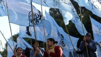 YPF y Chevron firmaron acuerdo para explotación de nuevo yacimiento en Neuquén   Protesta mapuche contra Chevron   Scoop.it