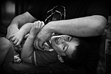 Serie cosquillas (Parte 1): ¿Qué son? y beneficios - Babytribu.com | Educación inicial | Scoop.it