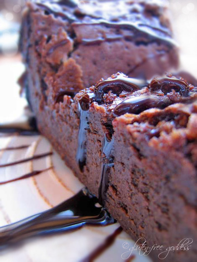 Flourless Chocolate Cake - easy and gluten-free! | Cuisine, Recettes et art culinaire | Scoop.it