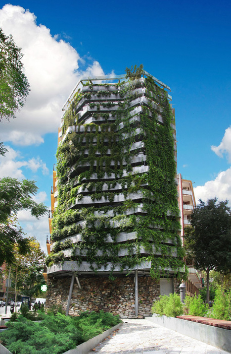 Hanging Garden of Barcelona. | DETAIL daily | Vertical Farm - Food Factory | Scoop.it