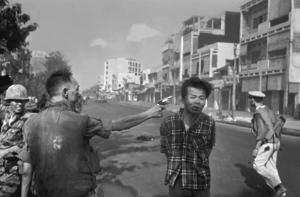 This Week in Photography History: Eddie Adams' Pulitzer Winning Image Was Captured | Photography | Scoop.it