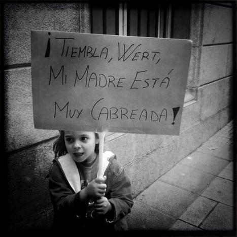 """Twitter / phumano: """"Tiembla Wert, mi madre está ...   resistencia y risa   Scoop.it"""