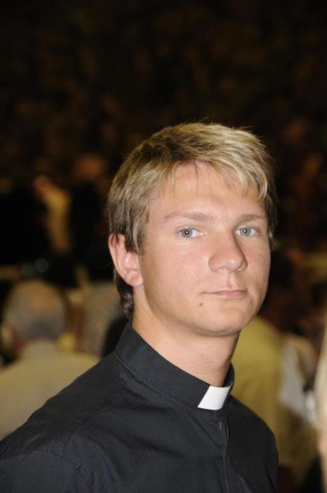 Bel Ami in Vaticano – benedizione PAPALE per i pornoattori gay   Spetteguless   QUEERWORLD!   Scoop.it