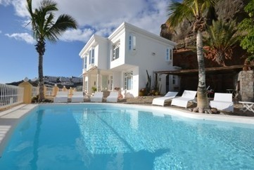 Choose a Fabulous Villa for Spain Vacation - 3 October 2013 - Blog - location vacances villa   Travel   Scoop.it