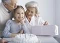 Les grands-parents sont très importants dans la vie des enfants - France Info | Ecrire l'histoire de sa vie ou de sa famille | Scoop.it