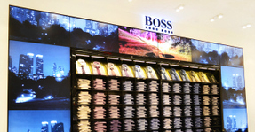 Why Brick-and-Mortar Stores Are Going 'Digital' | Public Relations & Social Media Insight | Scoop.it
