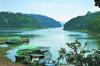 Periyar-Lake-Boating.jpg (450x299 pixels) | Kerala Tourism | Scoop.it
