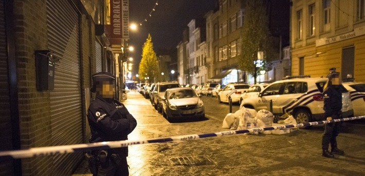 "Attentats: Salah Abdeslam introuvable, 16 arrestations à Bruxelles | Revue de presse ""AutreMent"" 